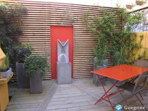 location la rochelle maison charme centre historique avec patio. Black Bedroom Furniture Sets. Home Design Ideas