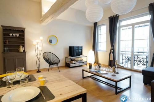 location la rochelle photos de proche vieux port 52 m2 pour couple. Black Bedroom Furniture Sets. Home Design Ideas