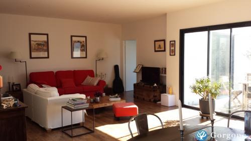 location la rochelle maison contemporaine style retais a l houmeau a 5mn du centre de la. Black Bedroom Furniture Sets. Home Design Ideas